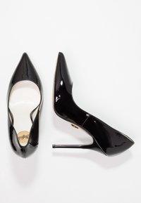 Buffalo - High heels - black - 3