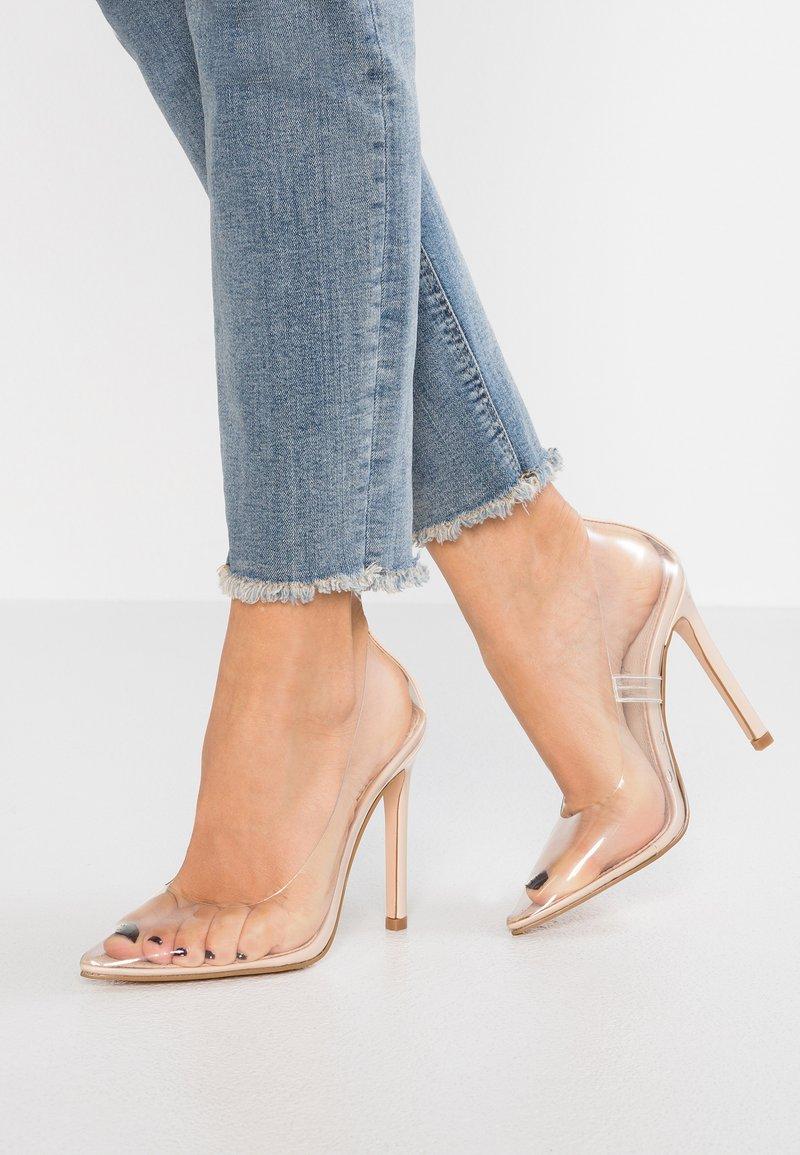 Buffalo - ANGIE - Zapatos altos - white