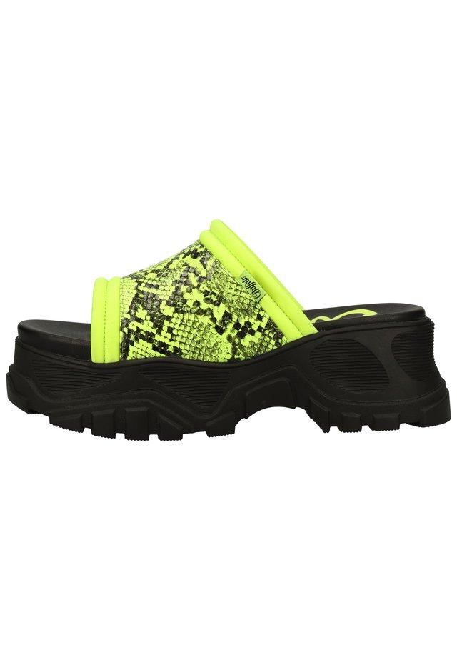 PANTOLETTEN - Pantolette flach - neon green