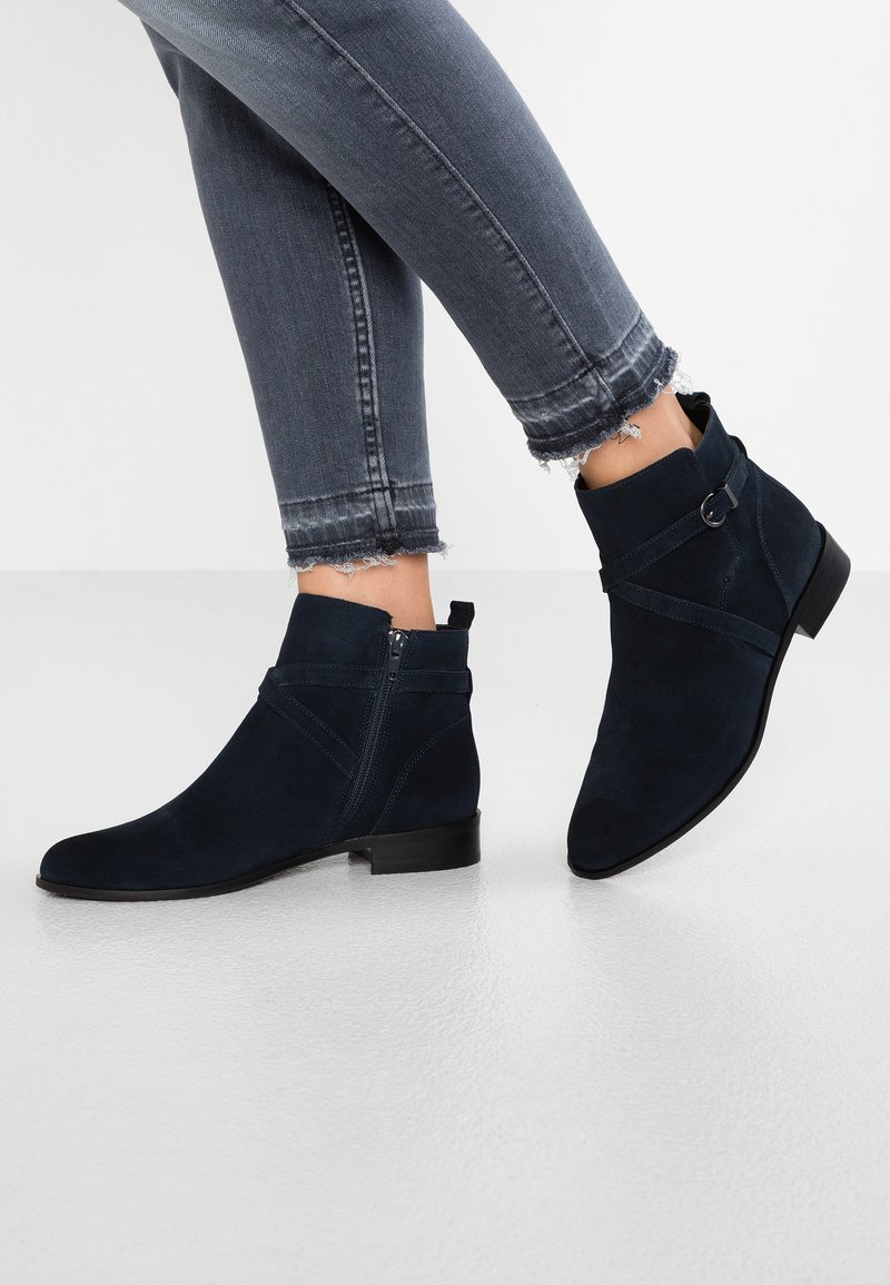 Buffalo - ANTJE - Classic ankle boots - navy