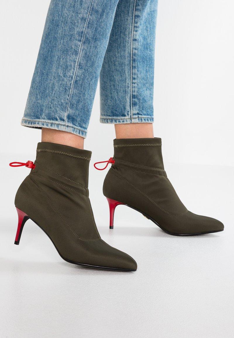Buffalo - ARJONA - Ankle boots - khaki