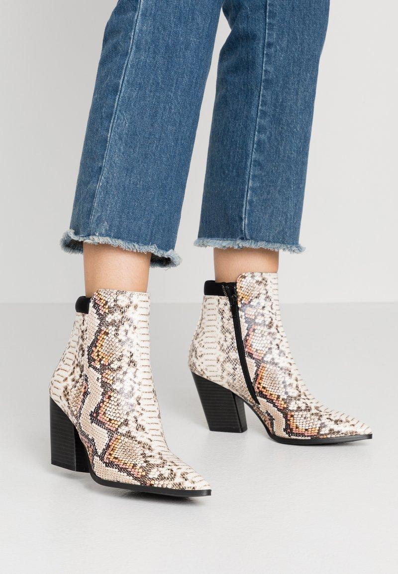 Buffalo - JIL - Boots à talons - natural beige