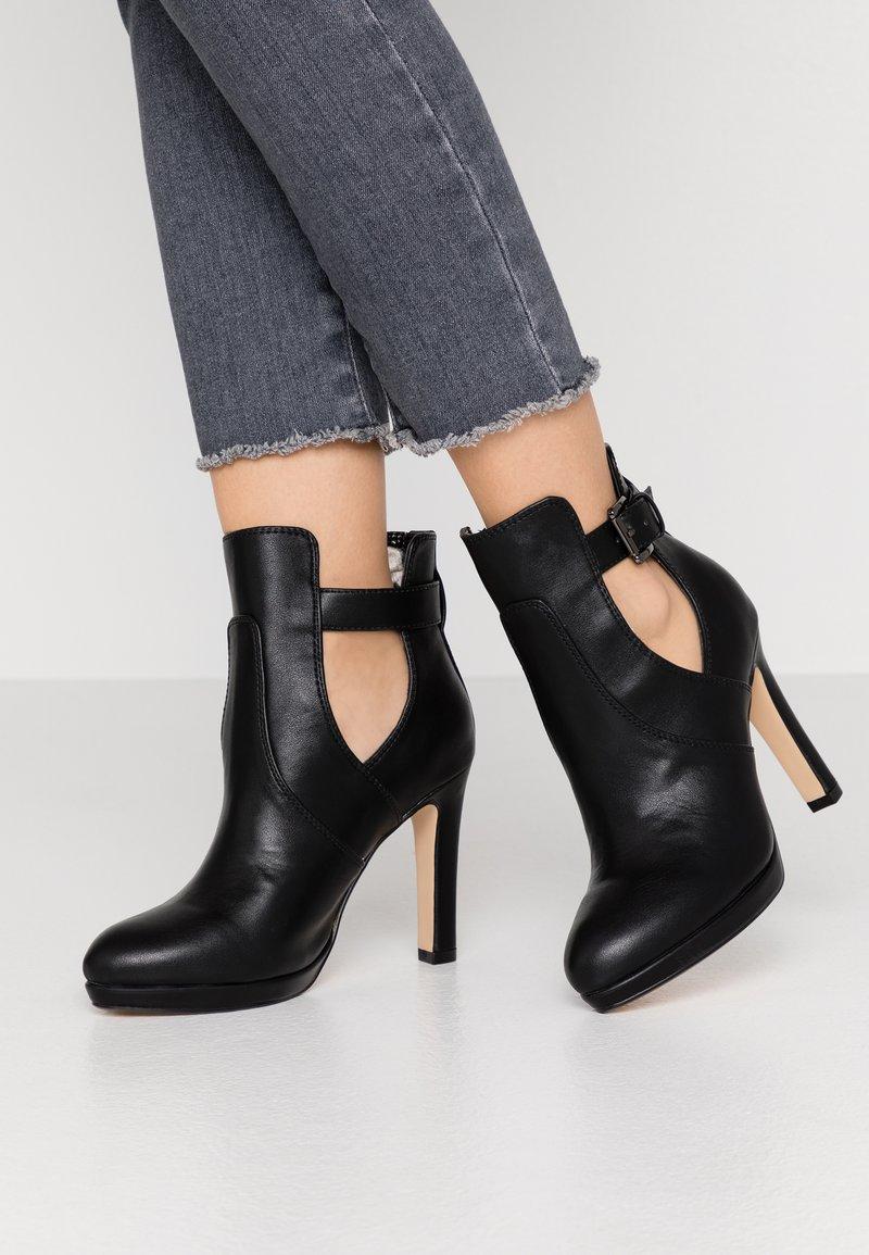Buffalo - JONA - Kotníková obuv na vysokém podpatku - black