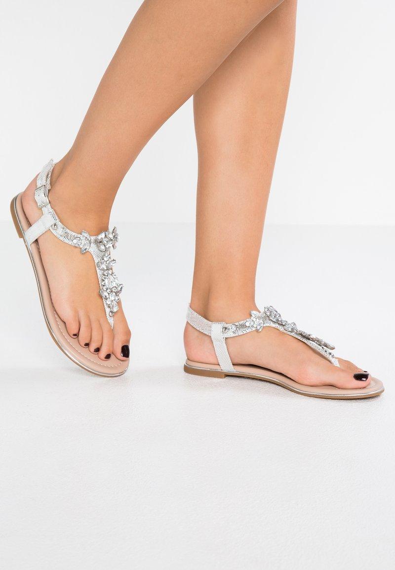 Buffalo - T-bar sandals - metallic silver