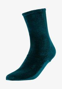 Burlington - Socks - holly - 1