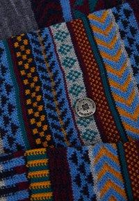 Burlington - THE X-FAI ISLES PACK - Socks - cactus - 2