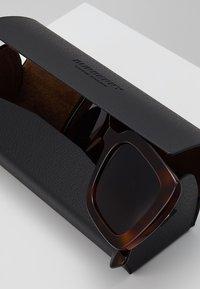 Burberry - Occhiali da sole - light havana - 2