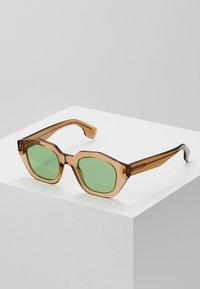 Burberry - Lunettes de soleil - transparent brown - 0