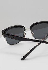 Burberry - Solbriller - black/silver-coloured/grey - 5