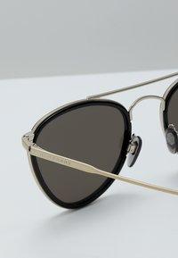 Burberry - Sonnenbrille - light gold/black - 5