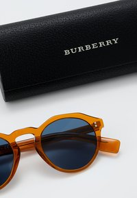Burberry - Solbriller - orange - 2