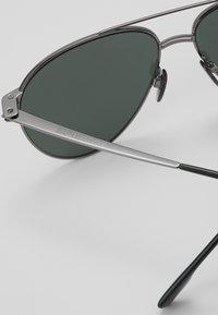 Burberry - Sluneční brýle - gunmetal/matte green - 5