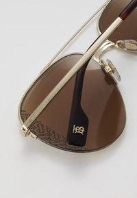Burberry - Gafas de sol - light gold - 4