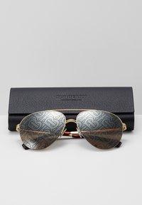 Burberry - Lunettes de soleil - gold - 3