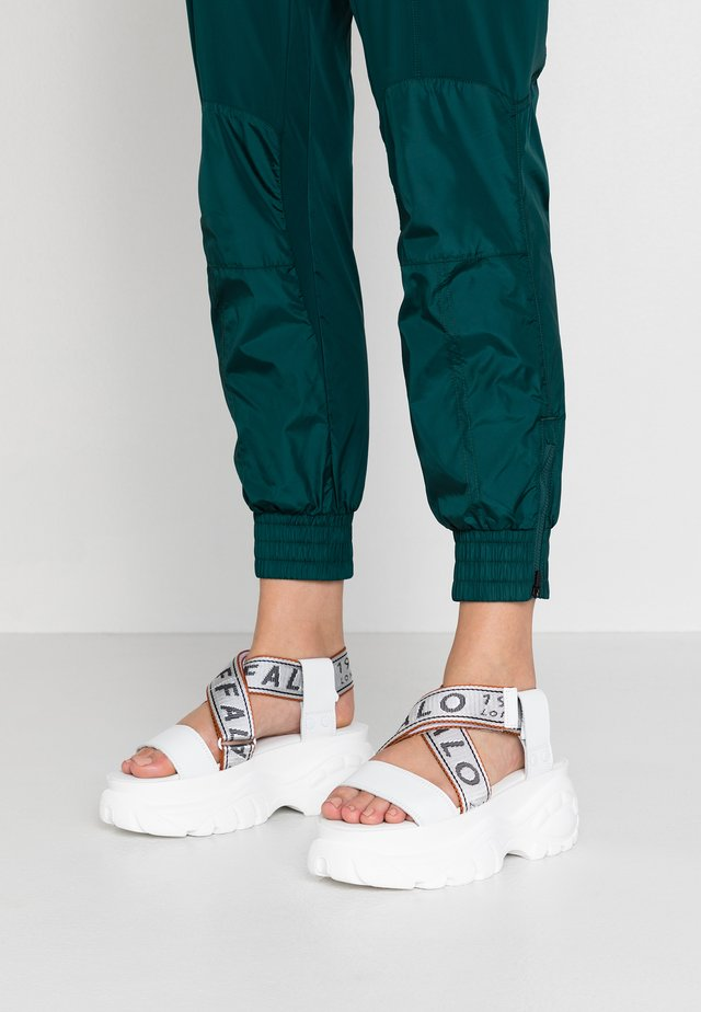 Platform sandals - blanco