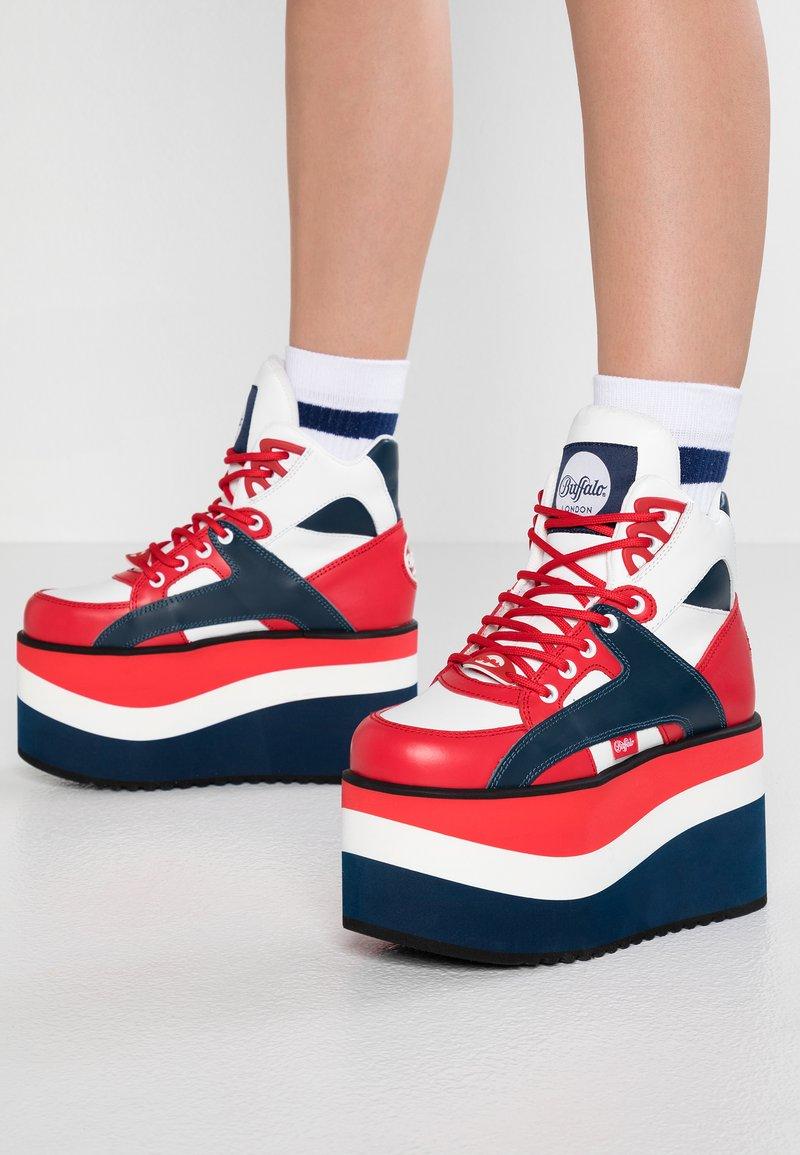 Buffalo London - Ankle Boot - pepsi