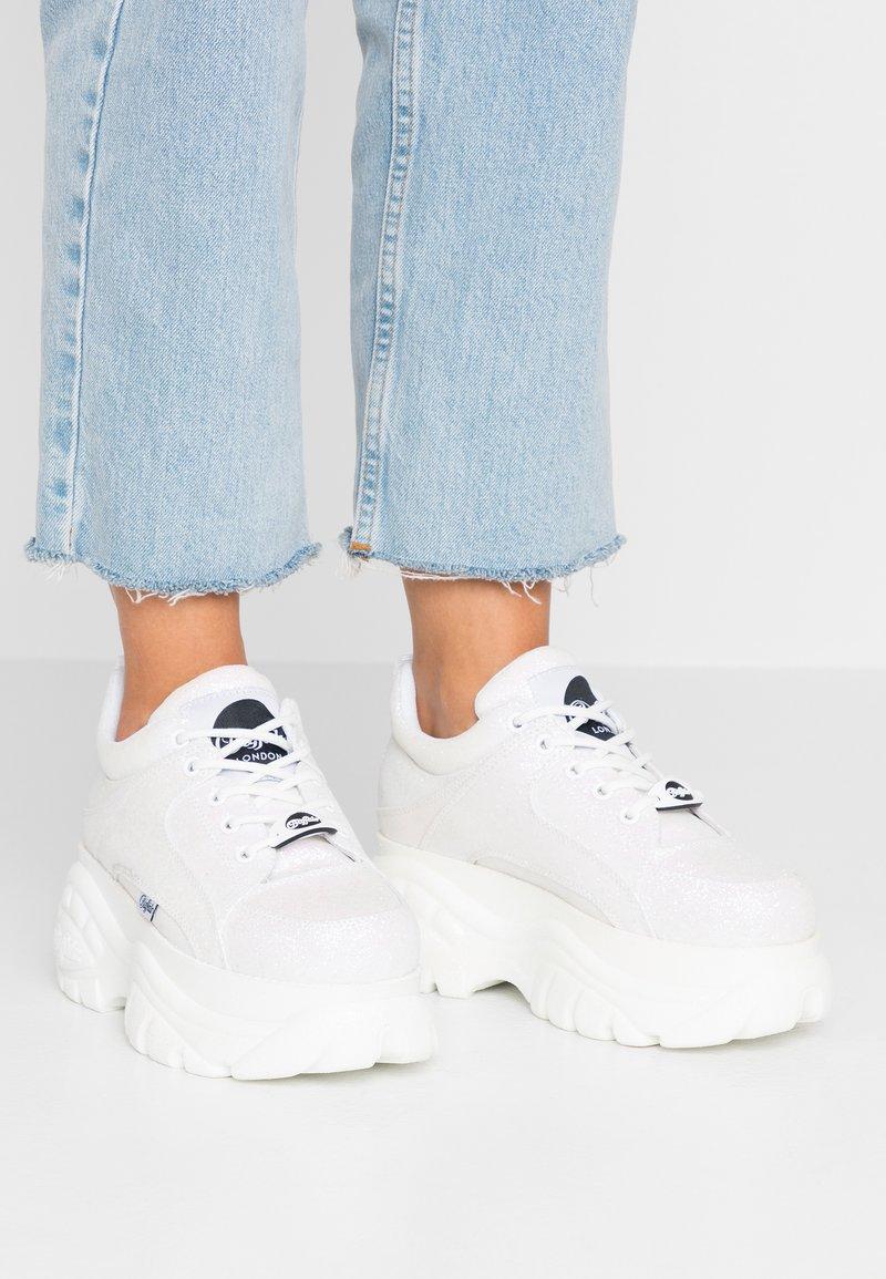 Buffalo London - Sneakers basse - white