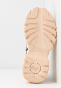 Buffalo London - Trainers - nude - 6