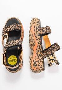 Buffalo London - ELLA - Korkeakorkoiset sandaalit - brown - 3