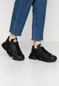 Buffalo London - MTRCS LIGHT - Trainers - black - 0