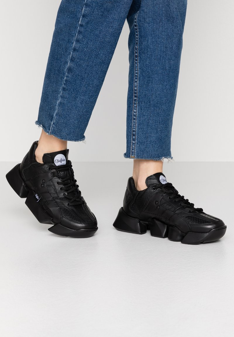 Buffalo London - MTRCS LIGHT - Trainers - black