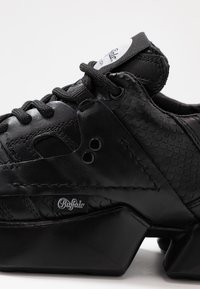 Buffalo London - MTRCS LIGHT - Trainers - black - 2