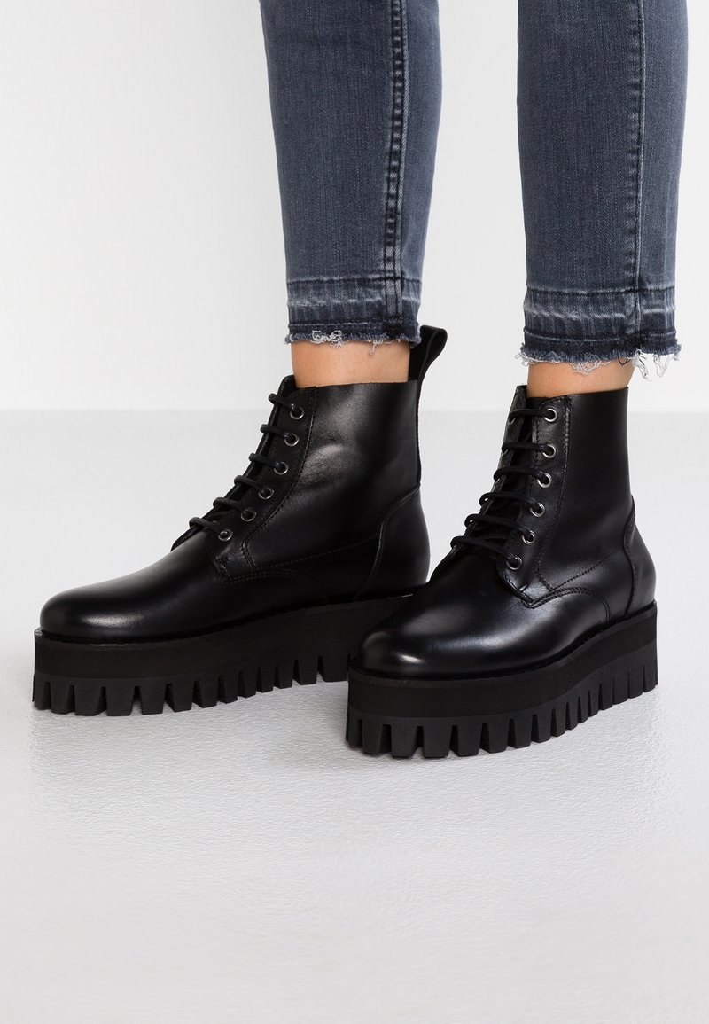 À Buffalo PearBottines Plateau Black London 54A3jLqcR