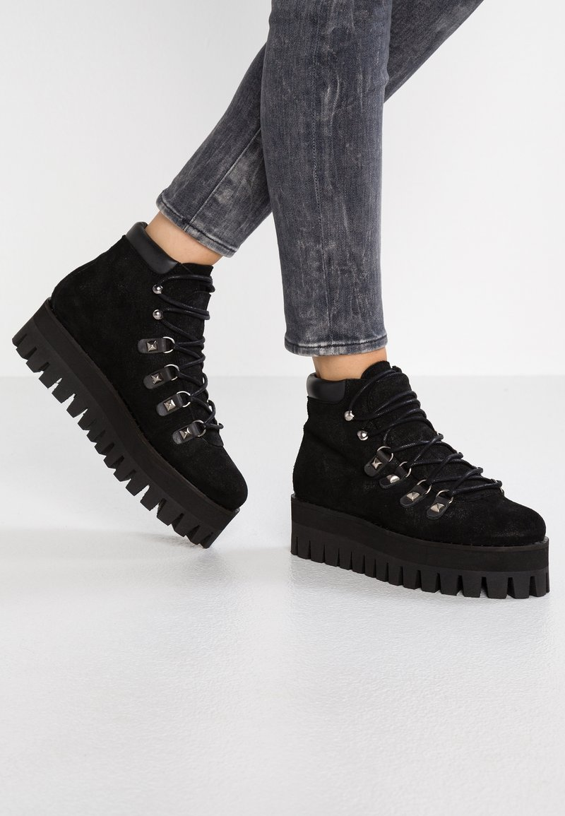 Buffalo London - TOURMALINE - Boots à talons - black