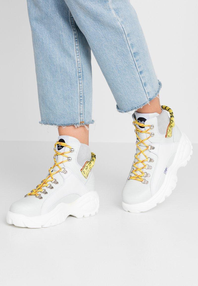 Buffalo London - GISELE - Sneaker high - white