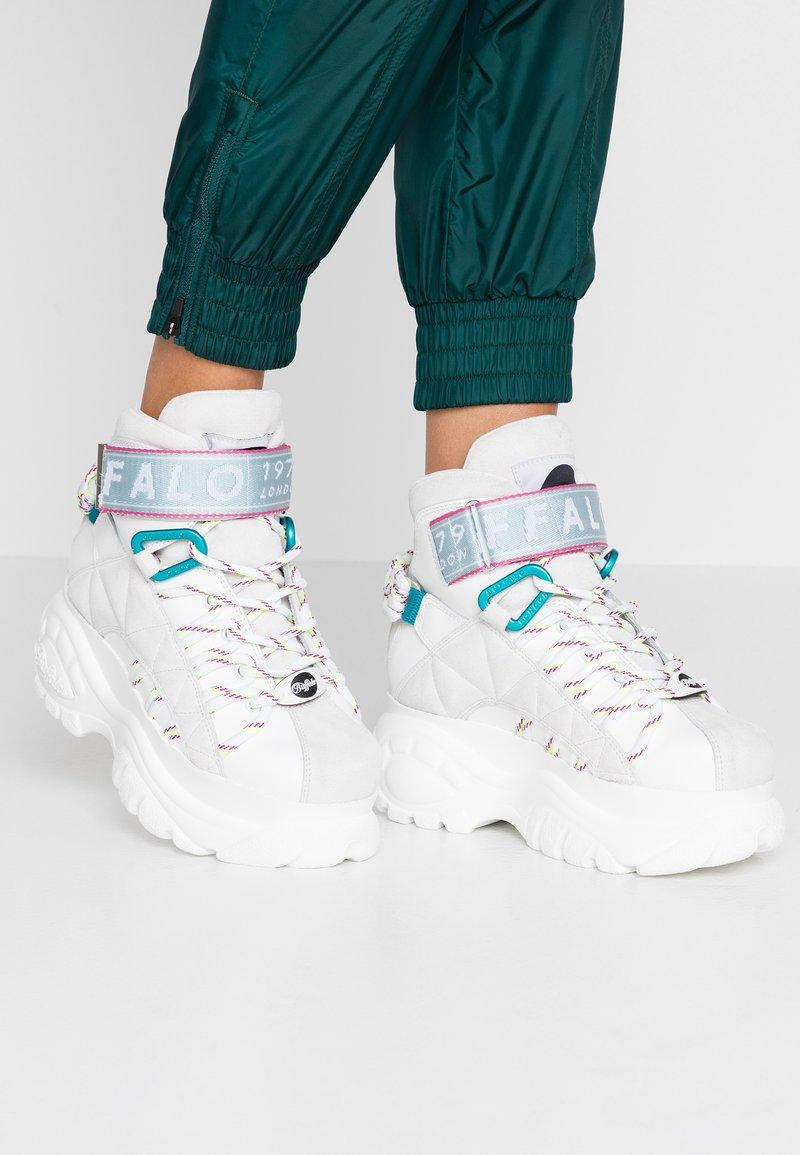 Buffalo London - Zapatillas altas - white