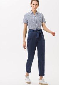 BRAX - STYLE MELO - Trousers - indigo - 1