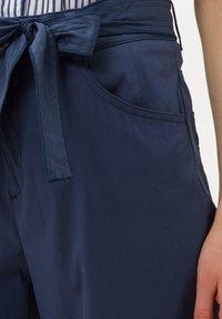 BRAX - STYLE MELO - Trousers - indigo - 3