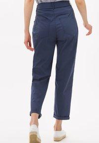 BRAX - STYLE MELO - Trousers - indigo - 2