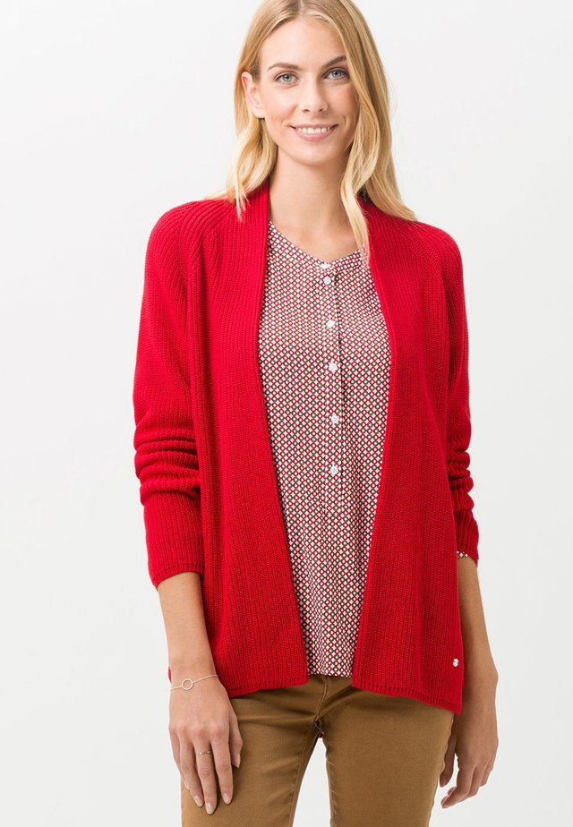 STYLE ANIQUE - Vest - ruby red