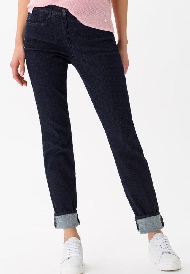 SHAKIRA  - Slim fit jeans - clean dark blue