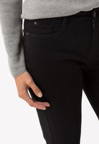 BRAX - STYLE MARY - Slim fit jeans - black - 3