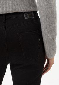 BRAX - STYLE MARY - Slim fit jeans - black - 4