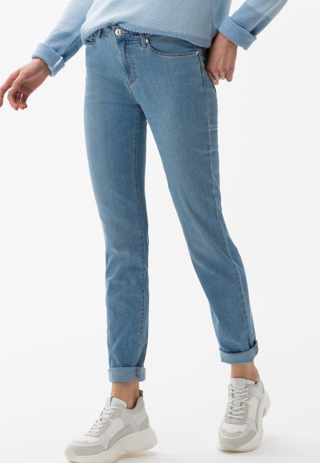 STYLE SHAKIRA - Slim fit jeans - used light blue