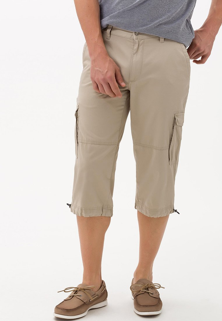 BRAX - STYLE LUCKY - Shorts - sand