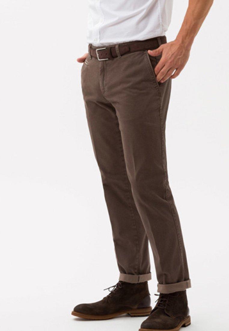 BRAX - STYLE EVEREST - Chinos - light brown