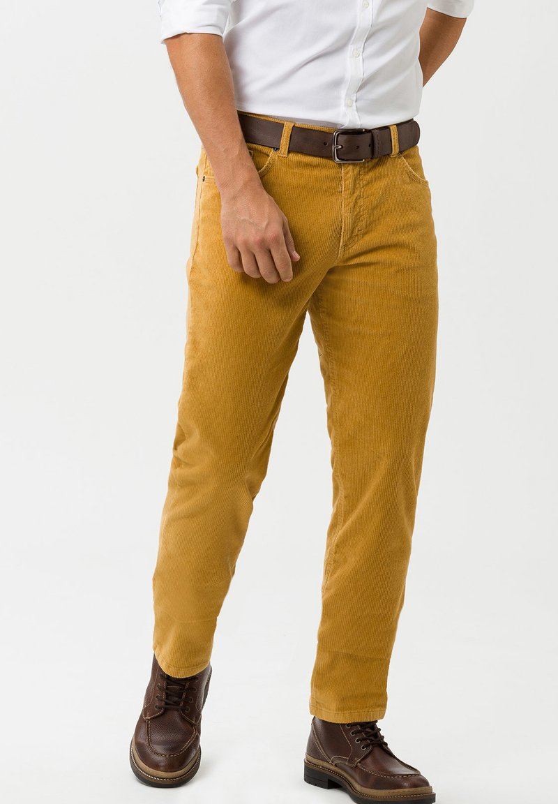 BRAX - STYLE COOPER FANCY - Broek - yellow