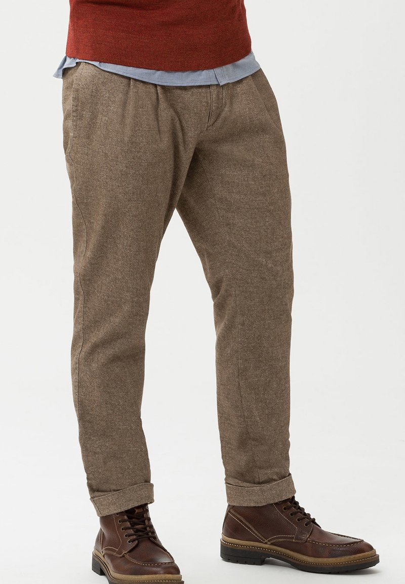 BRAX - STYLE PETE - Trousers - beige