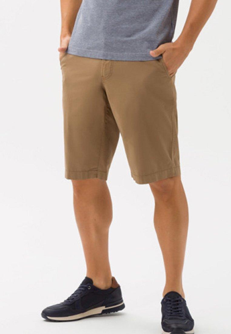 BRAX - STYLE BARI - Shorts - beige