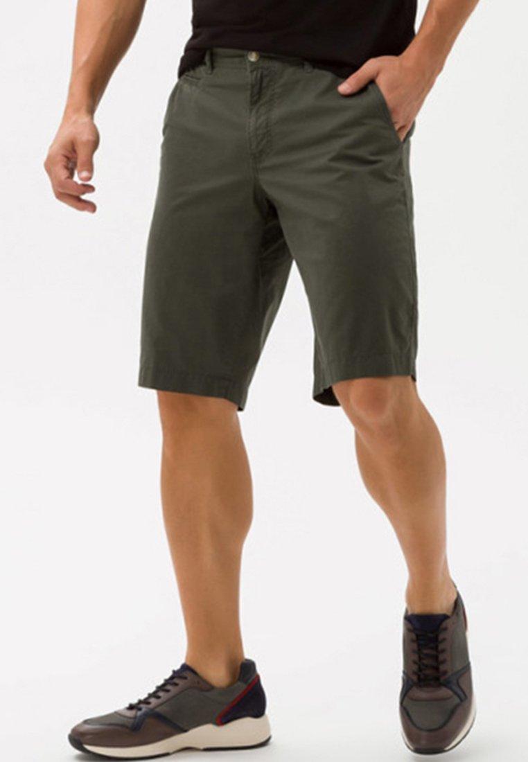 BRAX - STYLE BARI - Shorts - light green