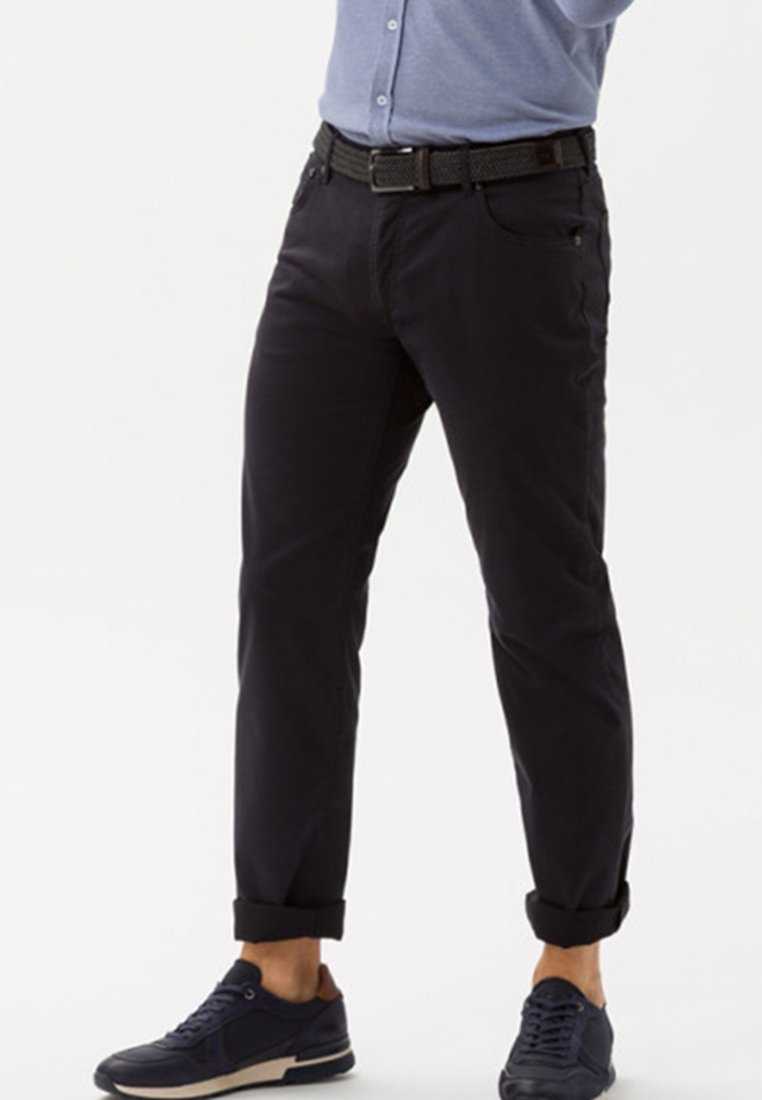 BRAX - STYLE CHUCK - Slim fit jeans - blue