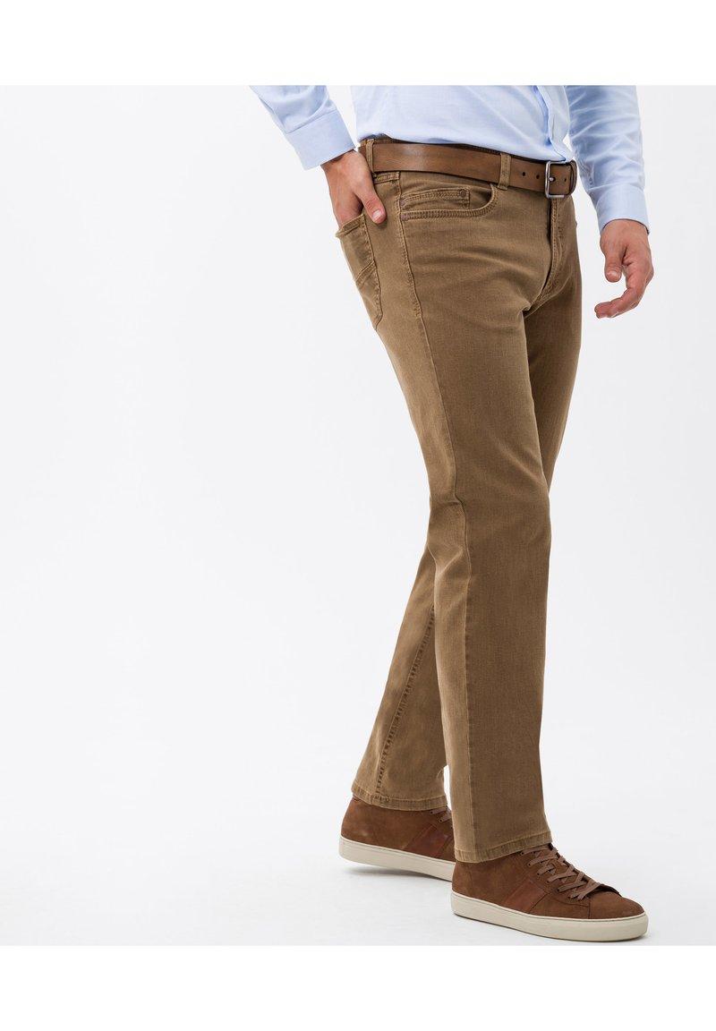 BRAX - STYLE LUKE - Straight leg jeans - camel
