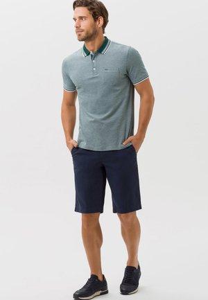 STYLE PETTER - Poloshirts - green