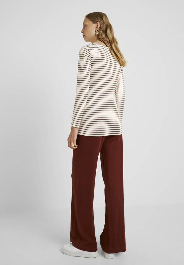 SIMONE LONG SLEEVE - Long sleeved top - tofu/cinnamon
