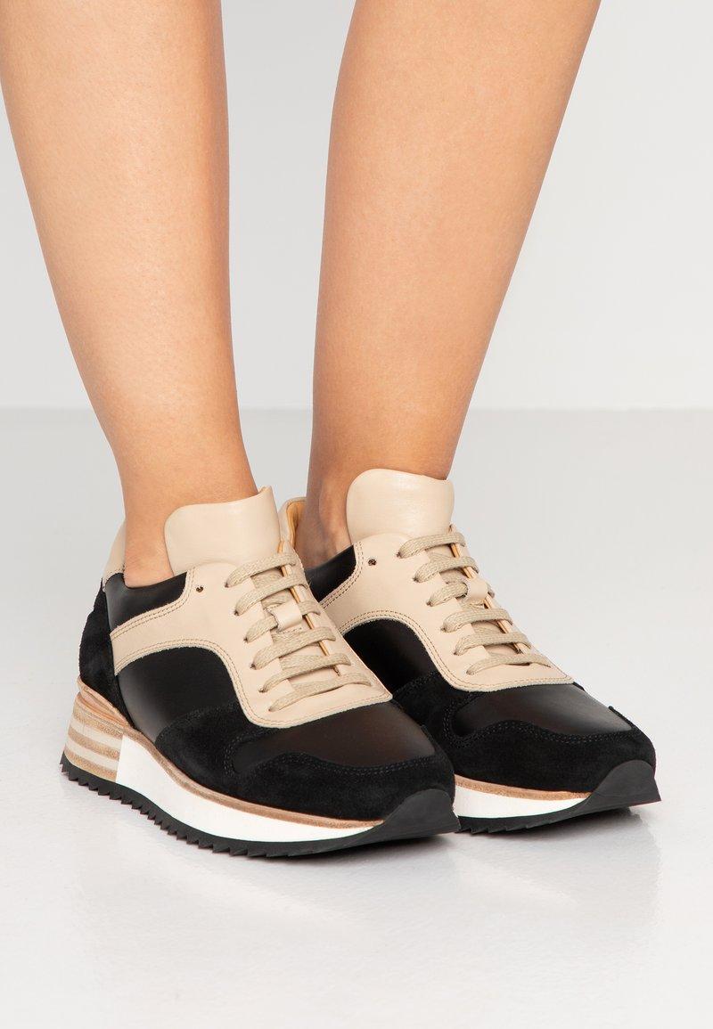 By Malene Birger - LOU LOU - Sneakersy niskie - black