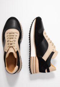 By Malene Birger - LOU LOU - Sneakersy niskie - black - 3